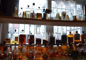 Flaschen und Gefäße
